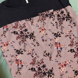 Vanity floral and blue shirt blouse